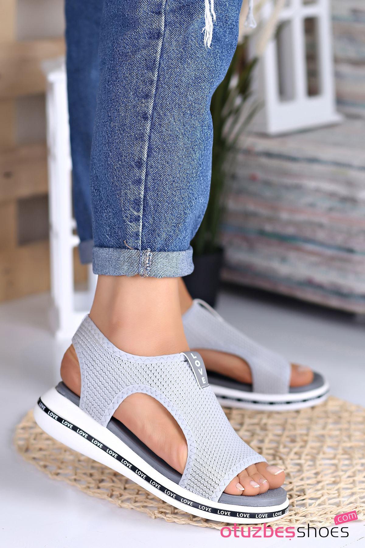 Gözde Likralı Triko Kadın Sandalet Gri