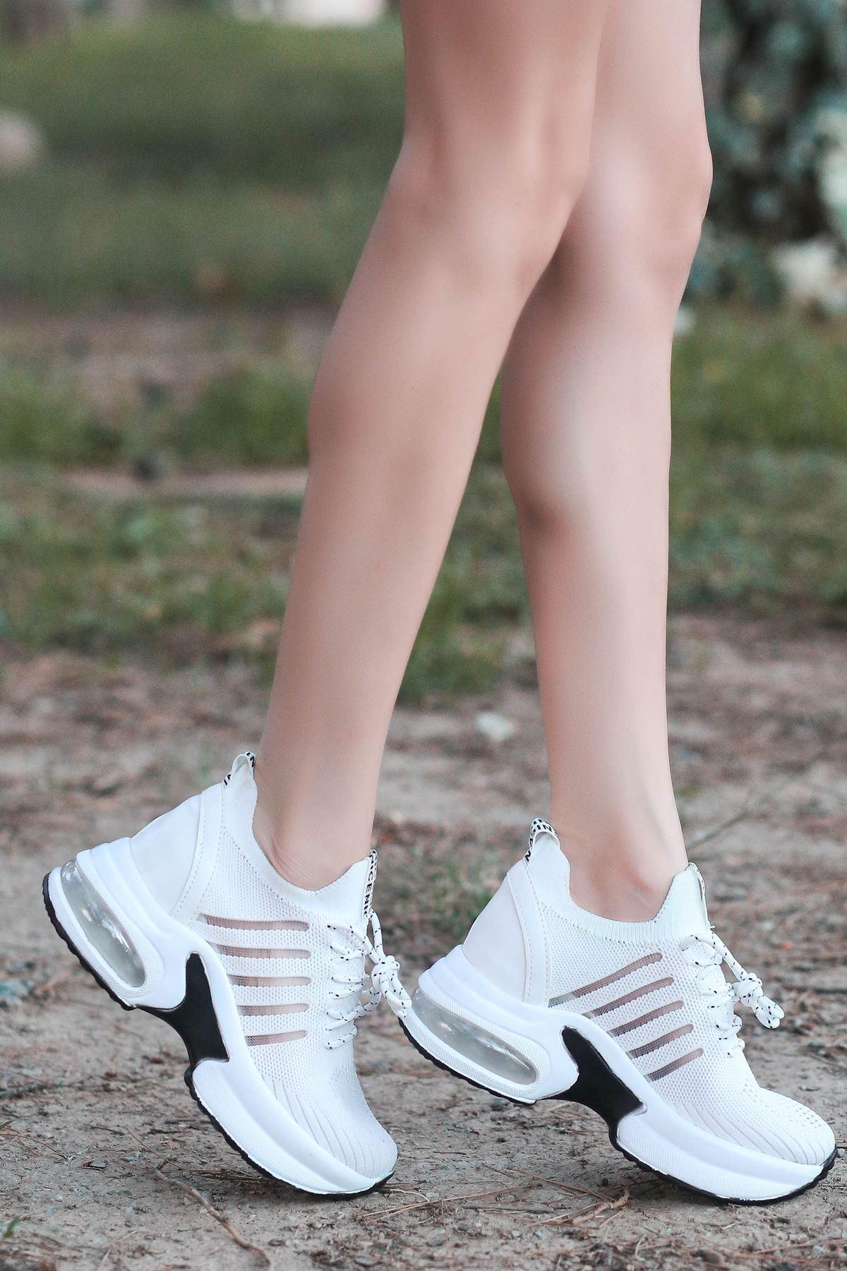 Loli Hava Tabanlı Triko File Detay Beyaz Kadın Spor Ayakkabı