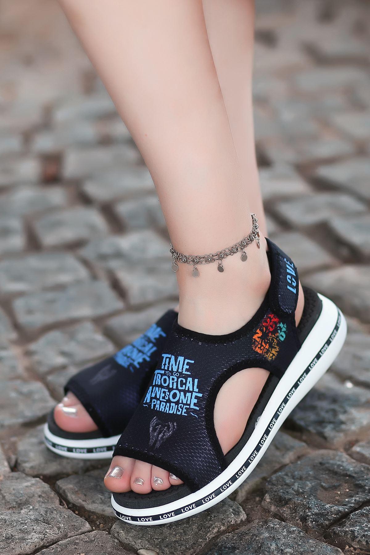 Paradise Baskı Detaylı Cırtlı Tekstil Kadın Sandalet Siyah