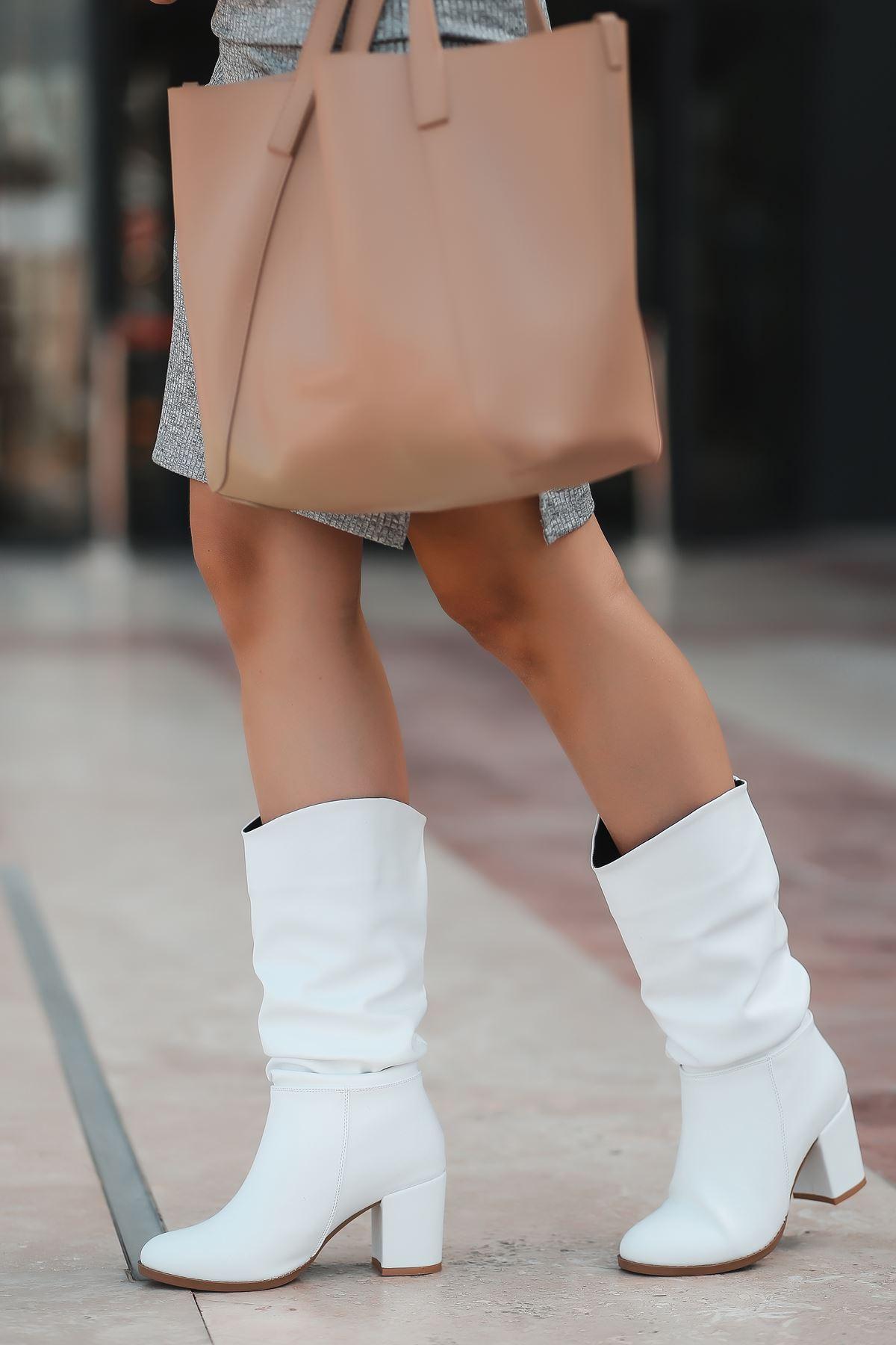 Vivo Mat Deri Körüklü Yüksek Topuklu Kadın Çizme Beyaz