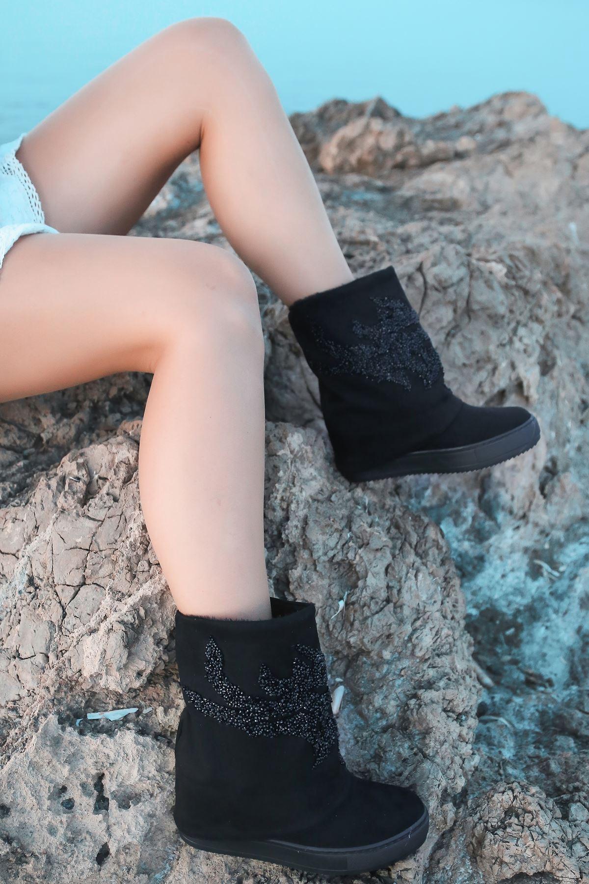 Costa Taş Detaylı Gizli Topuk Kadın Bot Siyah Süet
