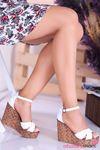 Cosmo Beyaz Çapraz Detay Dolgu Topuk Kadın Ayakkabı