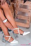 Beyaz Kilim Desenli Çapraz Bant Topuklu Kadın Ayakkabı
