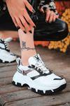 Luda Siyah Parçalı Hologramlı Bağcık Detaylı Beyaz Kadın Spor Ayakkabı